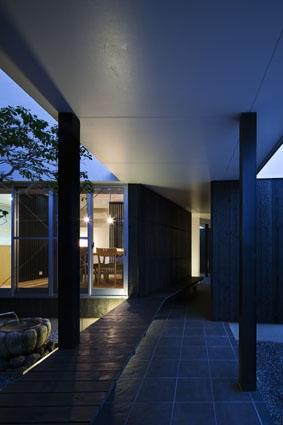 桜通りの二世帯住宅